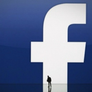 Facebook's Advertising Model: Scheme or Dream?